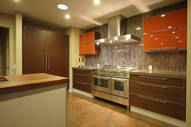 Mid Century Modern by Hollywood Sierra Kitchens